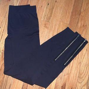 Pants - Leggings with zipper bottom